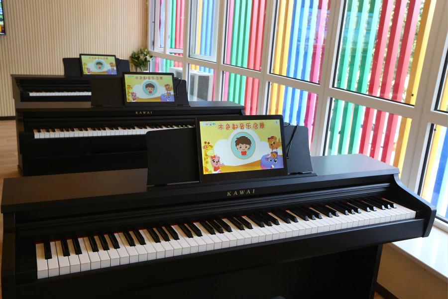 音乐教室02_meitu_5.jpg