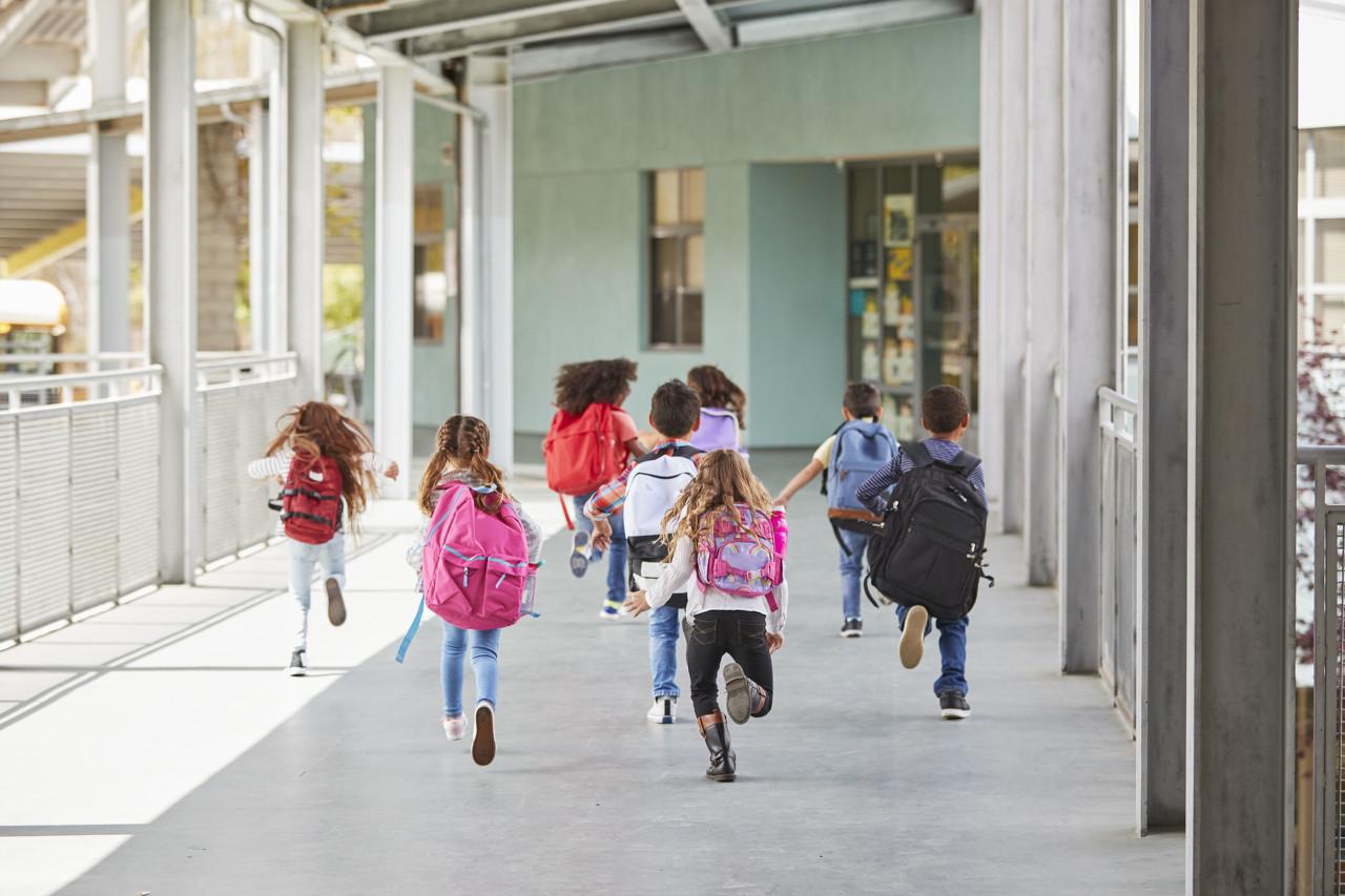 """教育部发布""""十三五""""成绩单,各级教育普及程度达到或超过中高收入国家平均水平"""