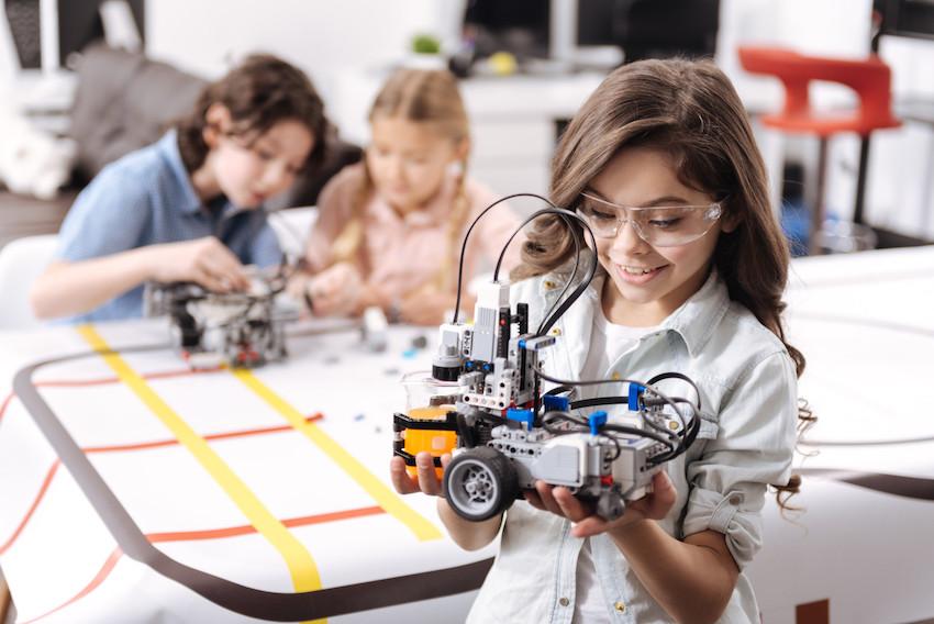 """订单来了!我国多地政府豪掷亿元购买AI+教育项目,老师直言""""太贵了"""""""