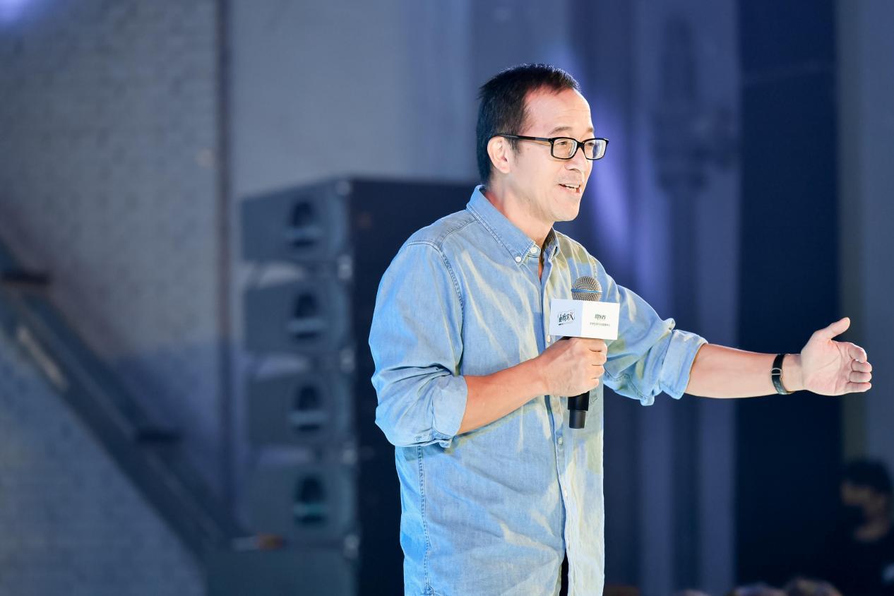 新东方升级大学生业务,俞敏洪称不是转型而是回归